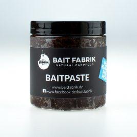 fish-blood-hot-baitpaste-baitfabrik